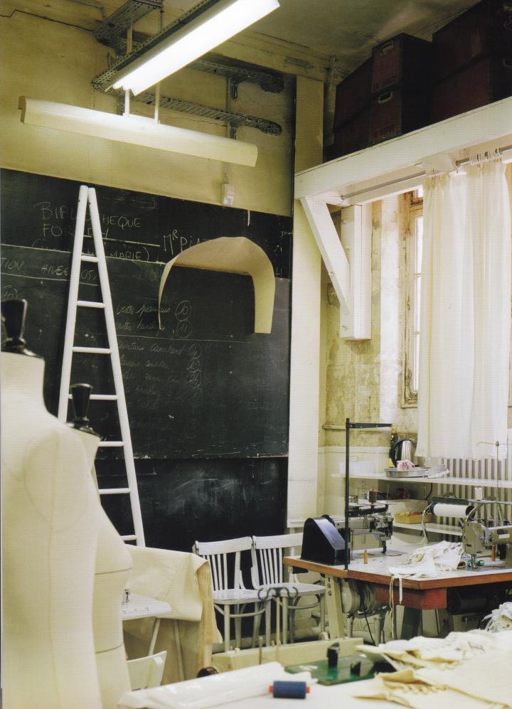 310-headquarters-paris-workshop-in-the-maison-martin-margiela-rue-saint-maur-offices