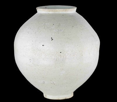 13-korean-moon-jar_544_b