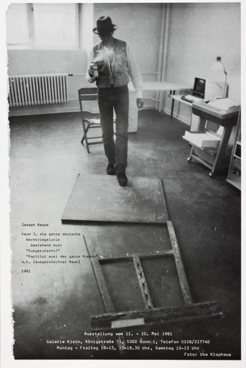 Joseph Beuys, Raum 3, die ganze deutsche Nachkriegslyrik 1981 by Joseph Beuys 1921-1986