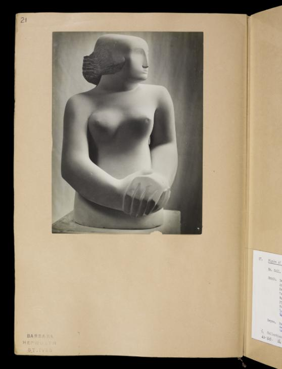 Page 21 1929 by Dame Barbara Hepworth 1903-1975