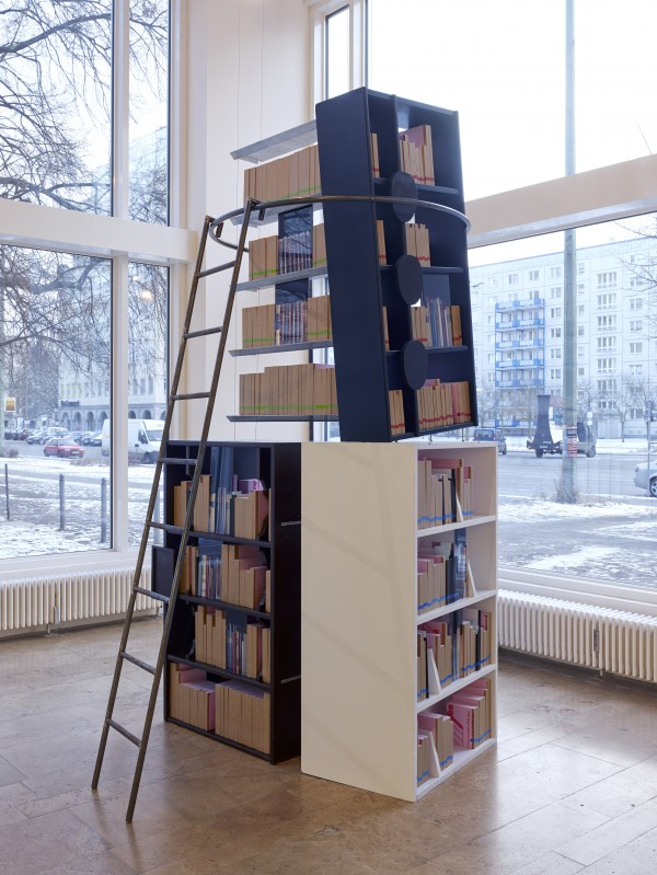 FeverishLibrary_Installationsansichten_2-600x799